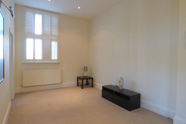 Photo 10 of Hatley Court, Flat 14, 81 Albert Road South, Malvern, Worcestershire WR14
