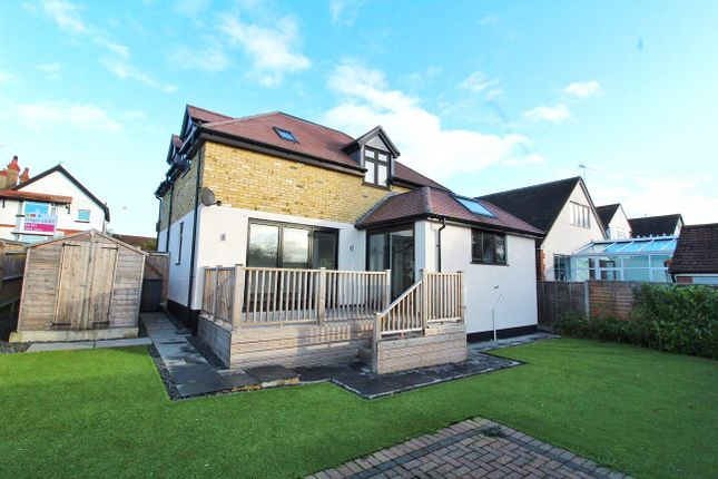Thumbnail Detached house to rent in Alwyn Road, Maidenhead