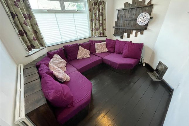 Thumbnail Property to rent in Whitmuir Road, Splott, Cardiff