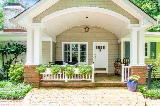 Thumbnail Town house for sale in 23 Tennis Court Rd, Oyster Bay, Ny 11771, Usa