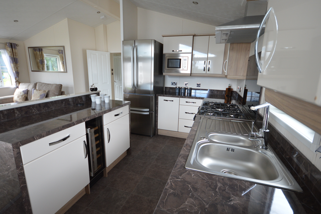This Fantastic Model Boasts Features The Whole Family Are Sure To Love For Years To Come.