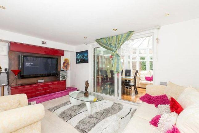 Thumbnail Property for sale in Jarrow Way, Homerton, London