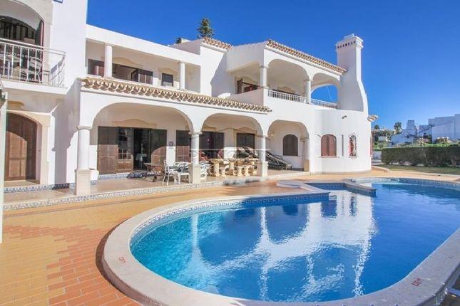 6 bed villa for sale in Albufeira E Olhos De Água, Albufeira E Olhos De Água, Albufeira