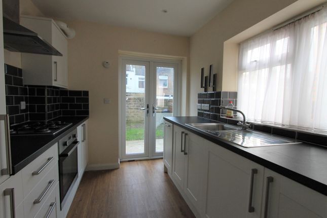 Thumbnail Terraced house to rent in Bolsover Road, Hove