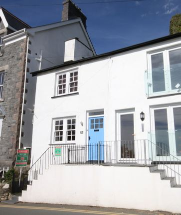 Thumbnail Cottage for sale in Penhelig Road, Aberdovey, Gwynedd
