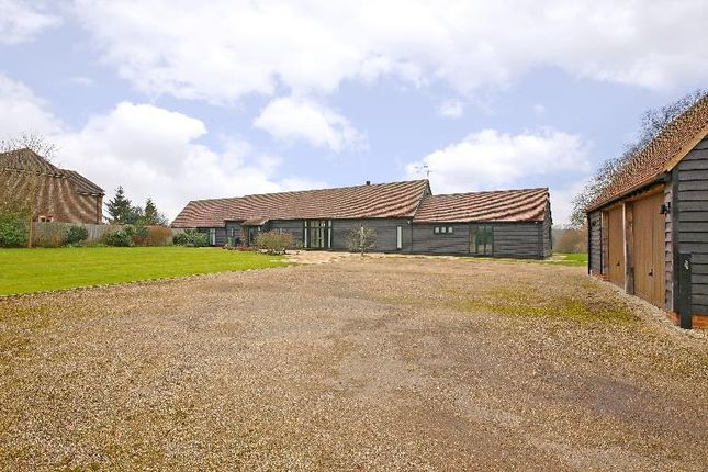 Thumbnail Barn conversion for sale in Victor, Radlett Road, Colney Street, St.Albans