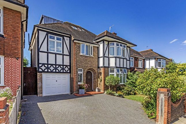 Thumbnail Detached house for sale in Hoadly Road, London