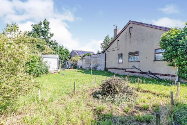 Thumbnail Detached bungalow for sale in Weeland Road, Knottingley