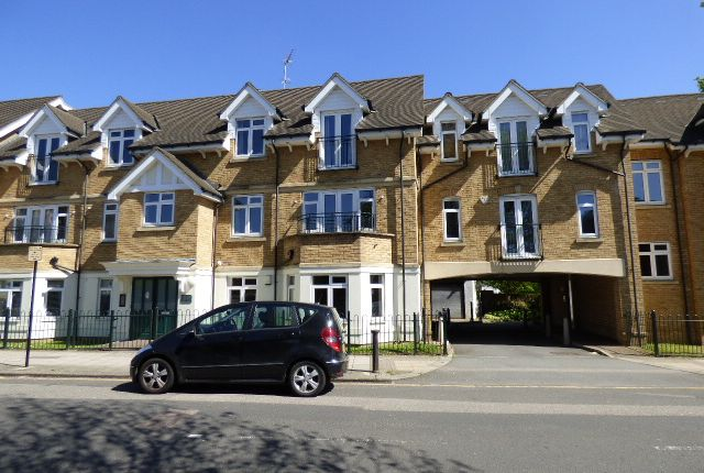 Thumbnail Flat for sale in Trinity Avenue, Enfield