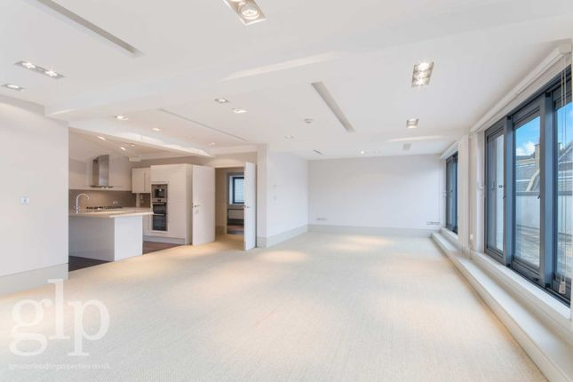 Thumbnail Flat to rent in St Martins Lane, Covent Garden