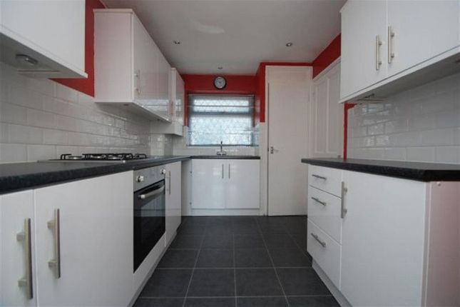 Thumbnail Terraced house to rent in Sylvester Close, Hyde