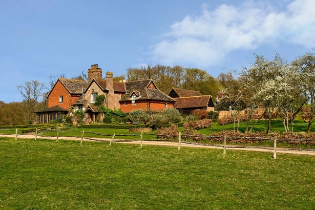 Thumbnail Cottage to rent in Somersbury Lane, Rudgwick, West Sussex
