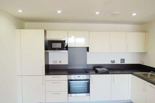 Thumbnail Flat to rent in Sienna Alto, 2 Cornmill Lane, London