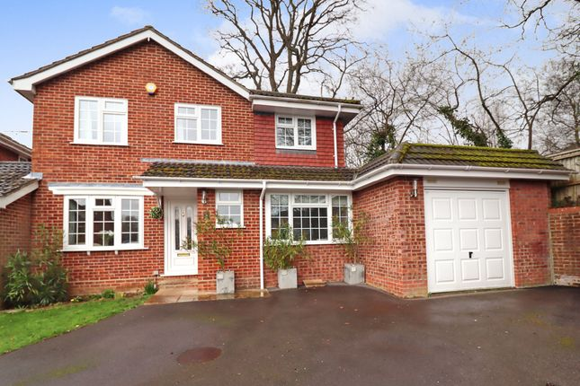 Thumbnail Link-detached house for sale in The Ridings, Fair Oak, Eastleigh