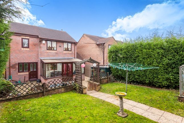 Thumbnail Detached house for sale in Richmond Road, Upton, Pontefract