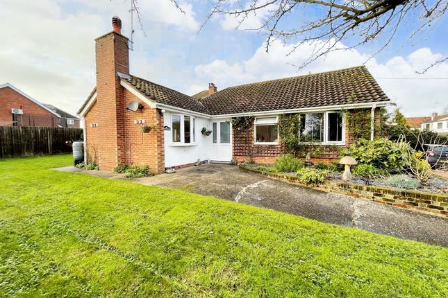 3 bed detached bungalow for sale in High Street, Cheddington, Leighton Buzzard LU7