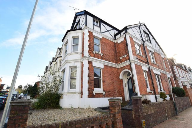 Thumbnail Flat for sale in Grove Hill Road, Tunbridge Wells