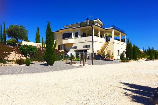 Thumbnail Country house for sale in Valencia, Alicante, Pinoso