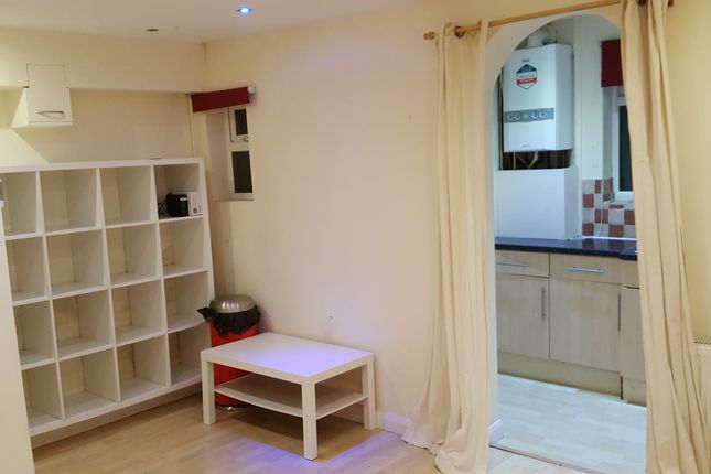 Thumbnail Studio to rent in Denison Road, Colliers Wood