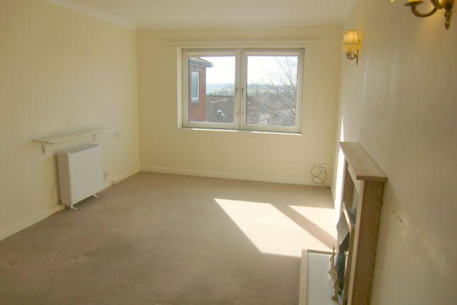 Thumbnail Flat to rent in Homebank House, Bidston Road, Prenton, Cheshire