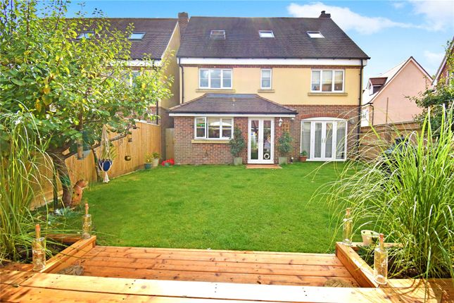 Thumbnail Detached house for sale in Orchard End, Chieveley, Newbury