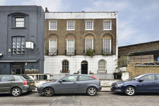 Thumbnail Flat to rent in Randolph Street, London