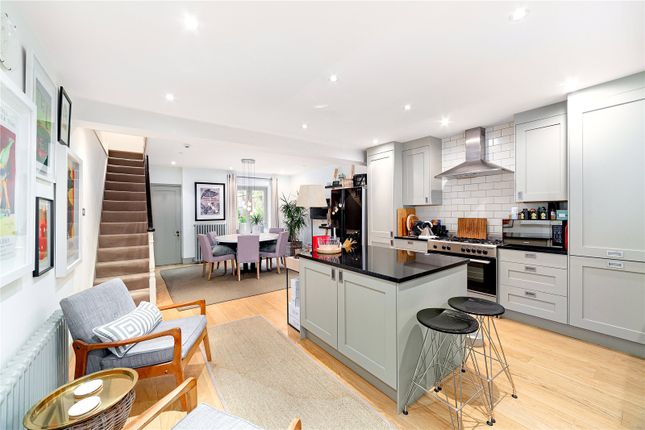 Thumbnail Terraced house to rent in Turret Grove, London
