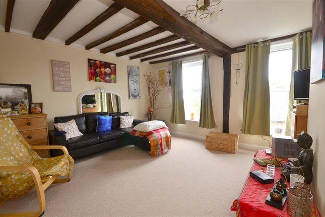 Flat for sale in Rye Road, Hawkhurst, Kent