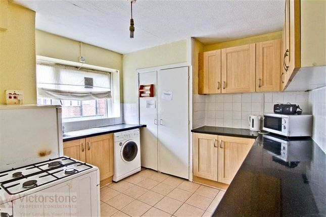 3 bed maisonette to rent in Colville Estate, Hoxton, London