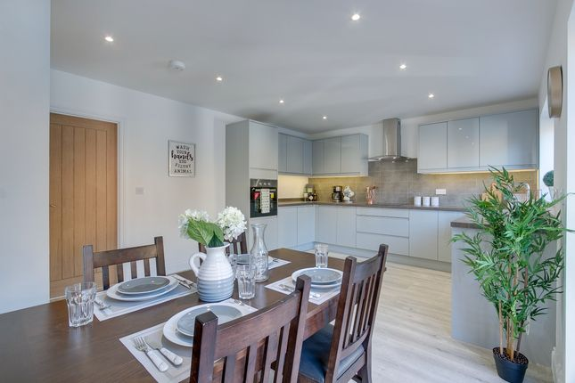 Thumbnail Detached house for sale in Crompton Avenue, Bidford-On-Avon, Alcester