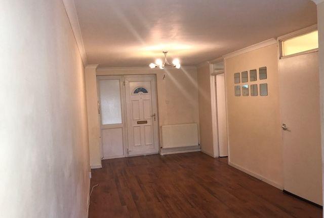 1 bed flat to rent in Bensham Manor Road, Thornton Heath