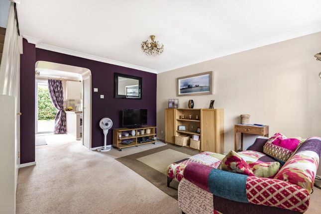 Thumbnail Terraced house for sale in Avondale Close, Horley