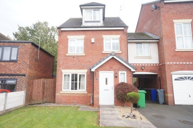 Thumbnail Town house to rent in Chelsfield Grove, Chorlton Cum Hardy, Manchester