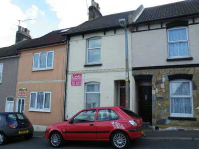 Thumbnail Terraced house to rent in Sydney Road, Chatham