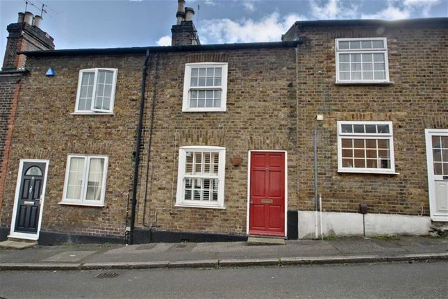 Thumbnail Terraced house for sale in Highfield Road, Berkhamsted, Central Berkhamsted