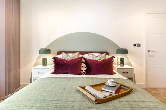 1 bed flat for sale in Pemberton Place, Mare Street E8