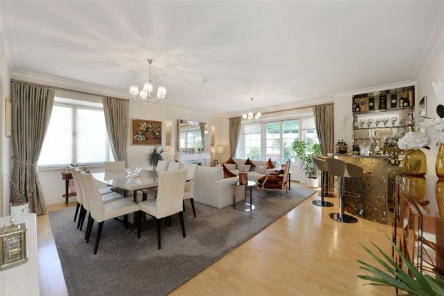 Thumbnail Flat for sale in St John's Wood Court, London