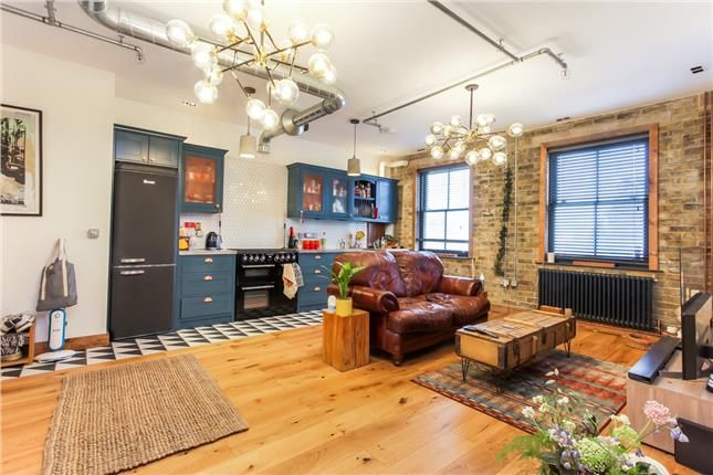 Thumbnail Property to rent in Gordon Road, London, Greater London