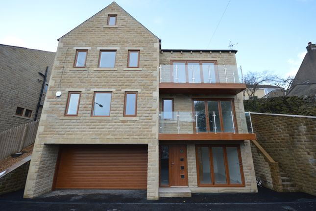 Thumbnail Detached house for sale in Malkin Wood View, Holmfirth