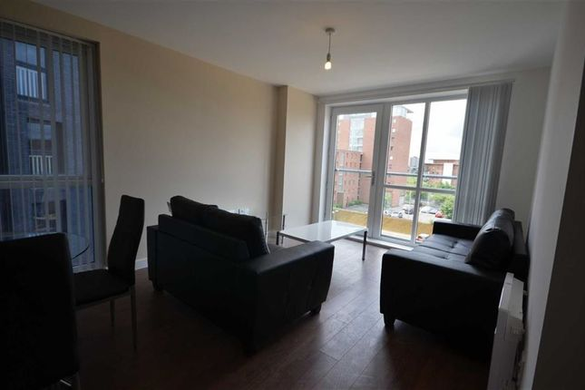 3 bed flat to rent in The Riley Building, Lowry Wharf, Salford, Salford, Greater Manchester