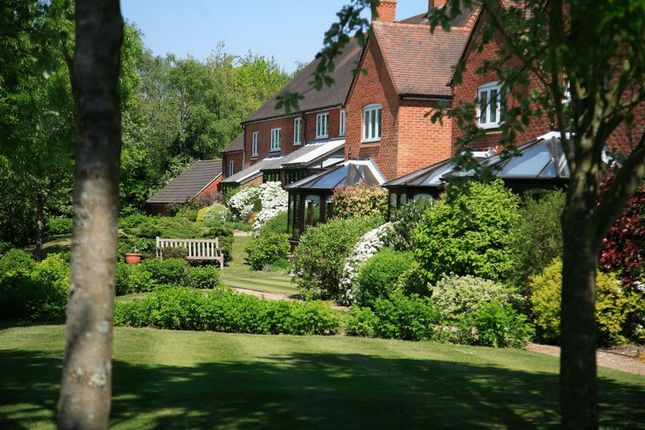 Thumbnail Cottage for sale in Berehurst, Alton, Hampshire