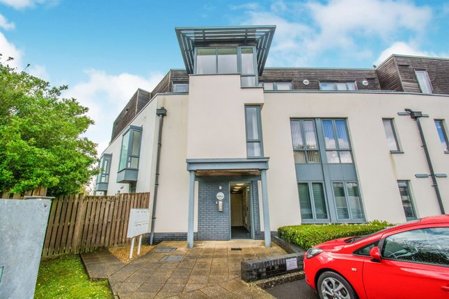 Thumbnail Flat for sale in Samuels Crescent, Whitchurch, Cardiff