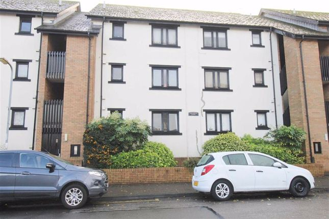 Studio to rent in St. Peters Street, Roath, Cardiff