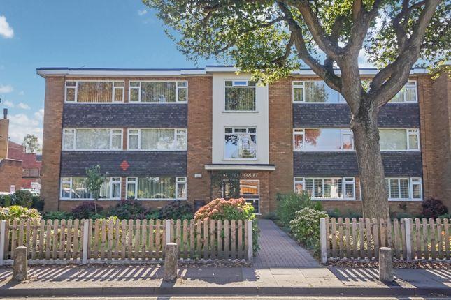 2 bed flat for sale in Wylde Green Road, Walmley, Sutton Coldfield B76