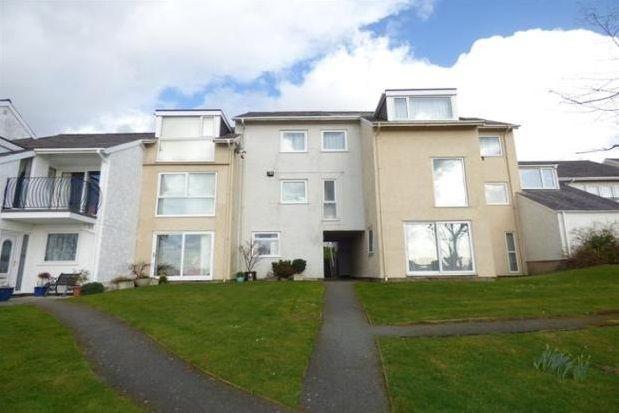Thumbnail Flat to rent in Ffordd Glyder, Y Felinheli