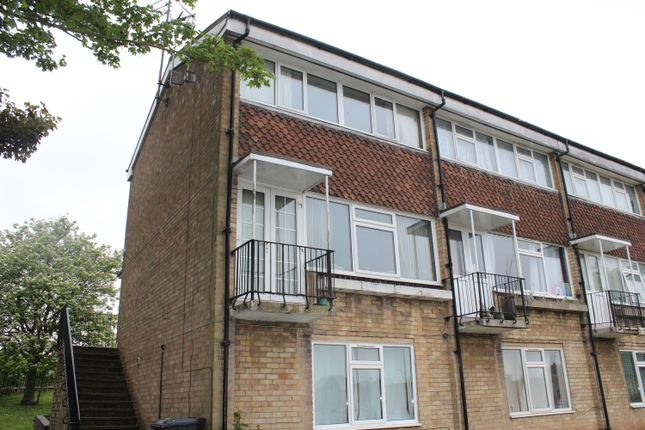 Thumbnail Maisonette for sale in Windmill Rise, Tadcaster