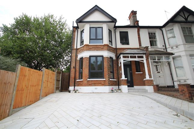 Thumbnail Property for sale in High Road, Flat 1 - 352, East Finchley