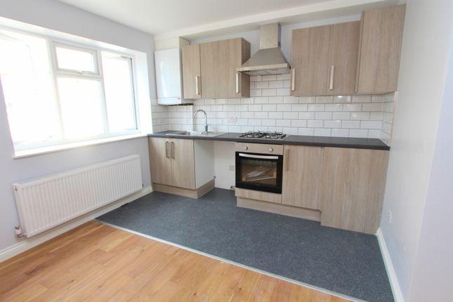 Thumbnail Flat to rent in High Street, Keynsham, Bristol