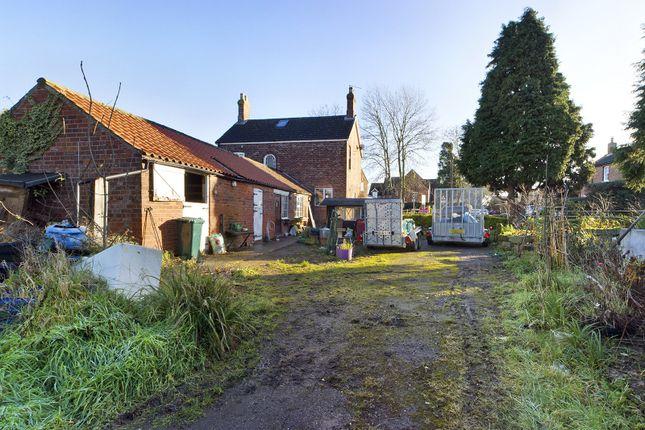Picture No. 19 of Ferry Road, Goxhill, North Lincolnshire DN19
