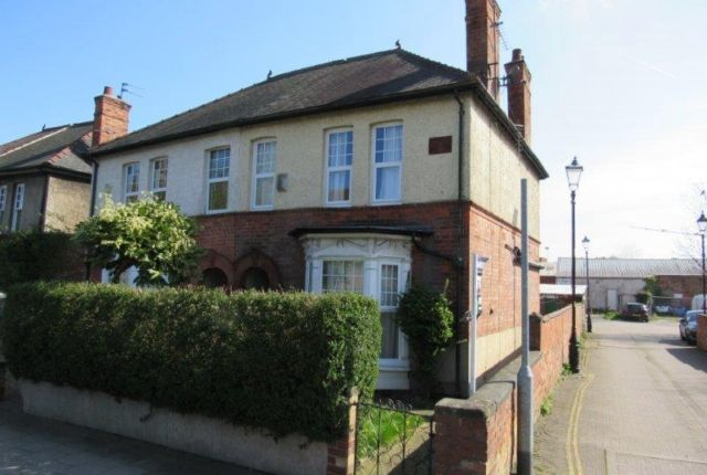 3 bed semi-detached house to rent in Parnell Street, Gainsborough